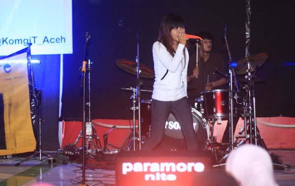 paramore-1-miko