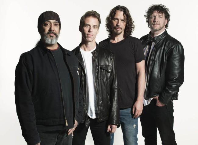 Soundgarden kirka: Kim Thayill, Matt Cameron, Chris Cornell, Ben Shepperd